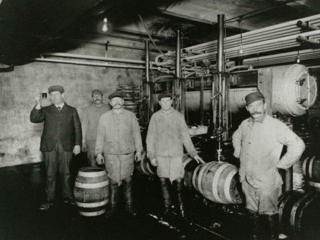 1847-Men-in-Brewery015.jpg