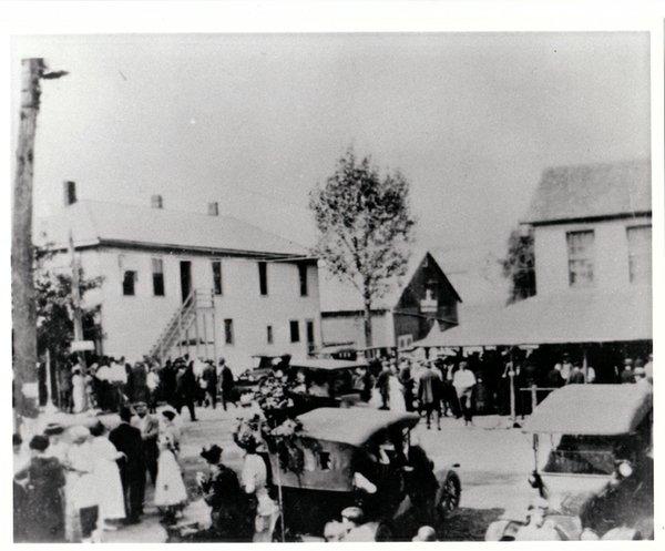 #213 1920c. Labor Day in Pickerington.jpg