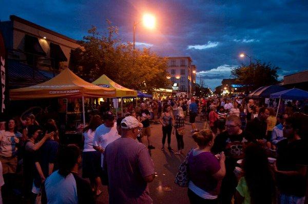 street party at night 2014.jpg