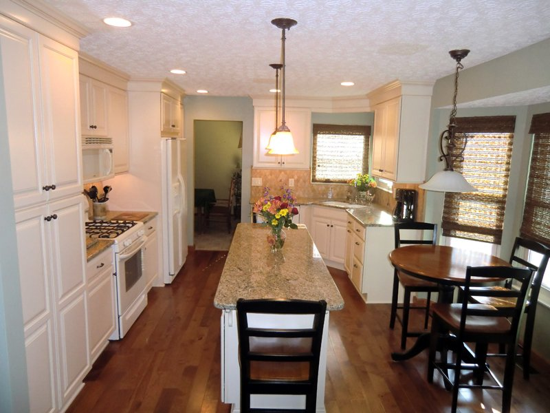 Nari tour lets home improvement take center stage for Angela bonfante kitchen designs