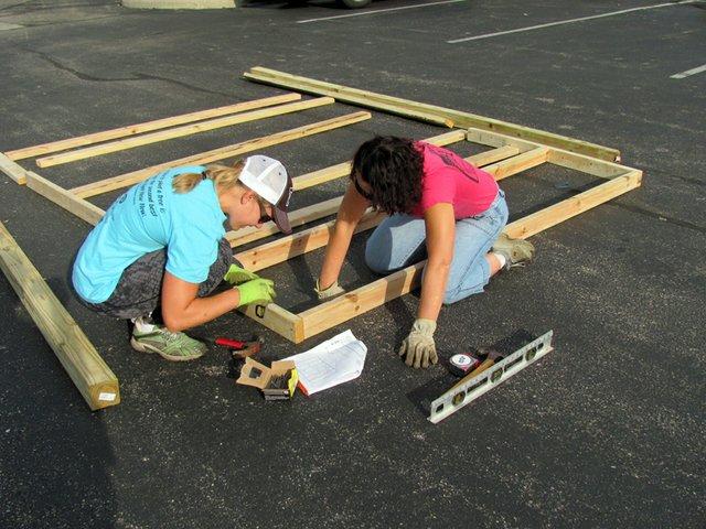 New Albany Community Garden Volunteers.jpg