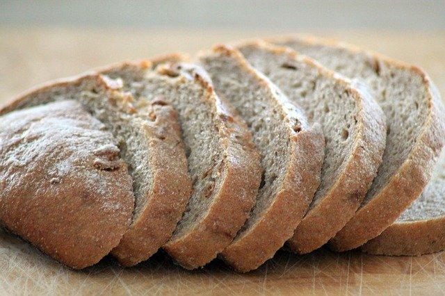 bread-882736_640.jpg