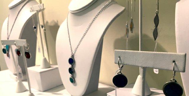 Robertsjewelery.jpg