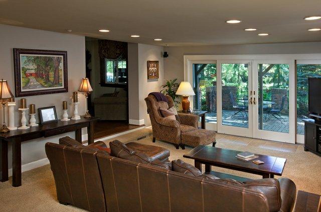 Family Room (2) Upper Arlington OH.jpg