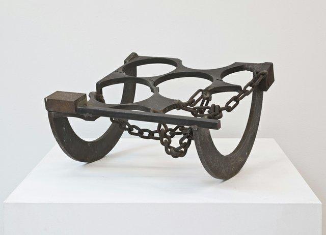 Nasher_Sculpture-Melvin_Edwards_Five_Decades_978-0-9912338-3-0_Edwards_Ame_Eghan.jpg