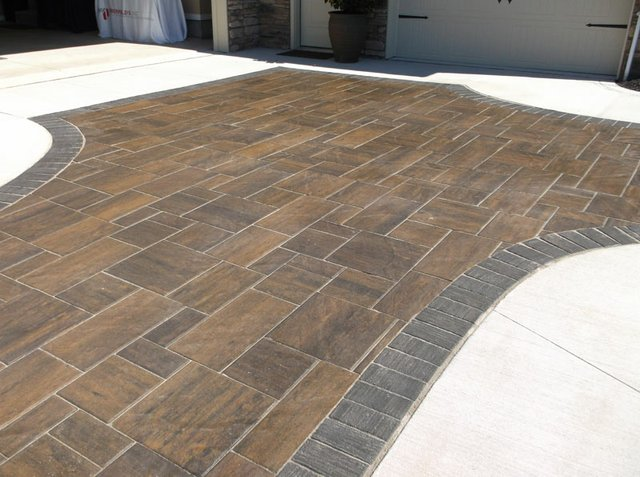 Face Mix Paver-Tranquility style.JPG