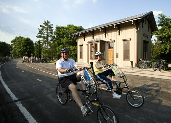 Recumbent riders and YS Station.jpg