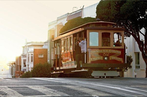 Cable Cars - California Street credit San Francisco Travel.jpg