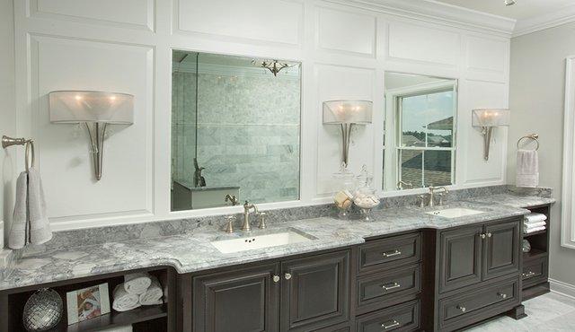 Bathroomlg.jpg