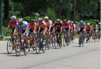 Riding-With-the-Pack-Tour-de-Grandview-Cycling-Classic.jpg