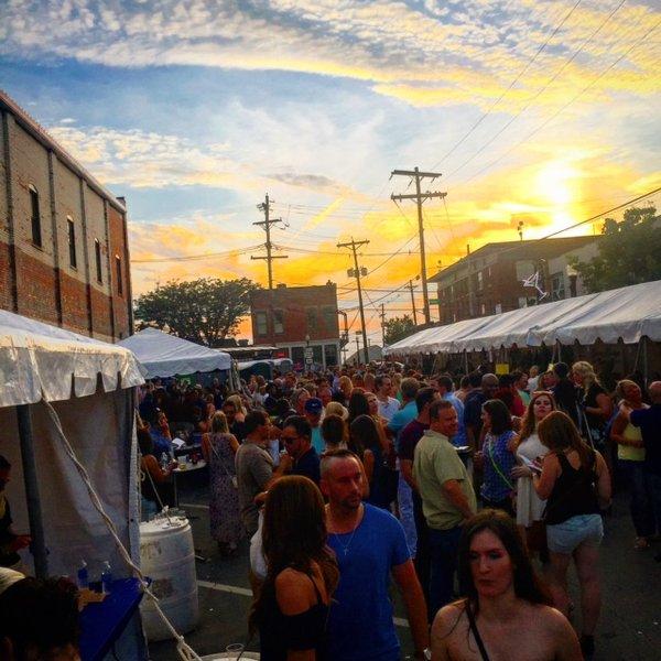 2015 Ohio Wine Festival crowd 2.JPG