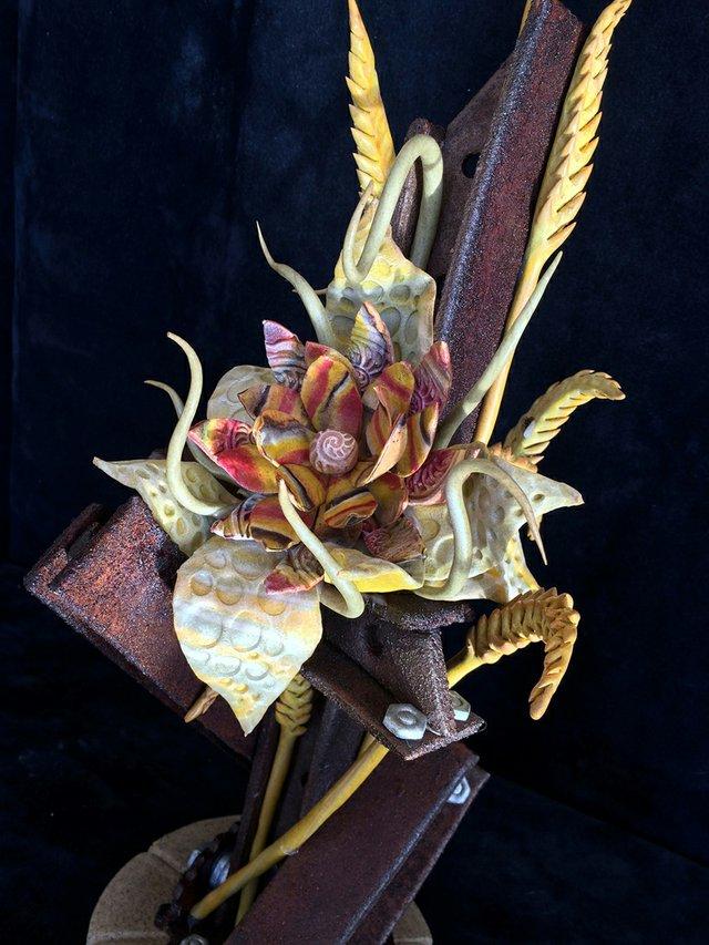 BreadSculpture_detail_byCirilHitz.jpg