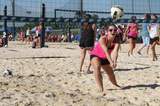 Emerson Goldenbagen volleyball.JPG