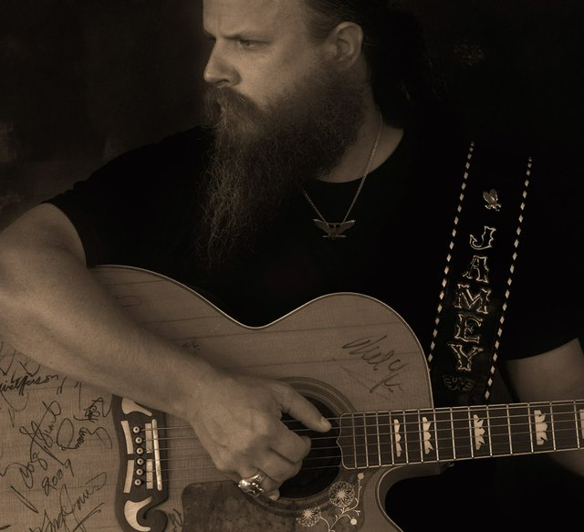 Jamey Johnson photo.jpeg