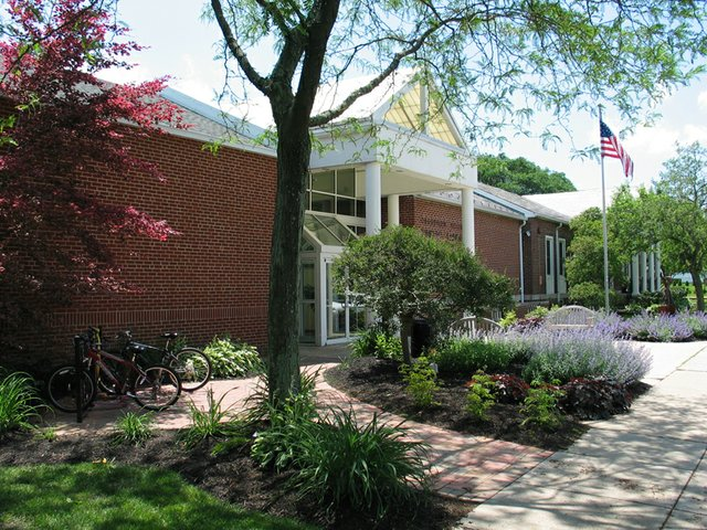 grandview_library_front.jpg