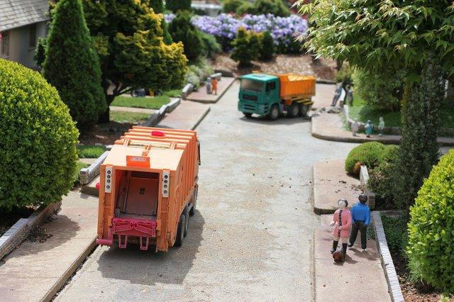 garbage-1472670_1280.jpg