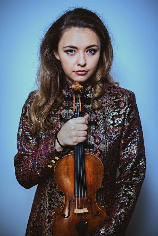Alexandra Cununova - credit NICEPHORE PRODUCTIONS.jpg