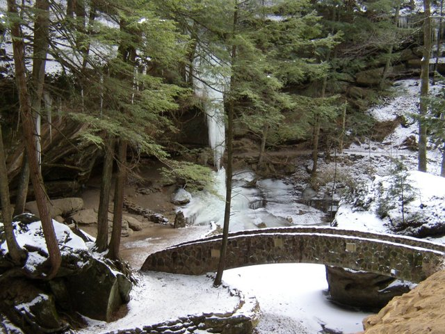 Old Mans Cave bridge winter LLR.jpg
